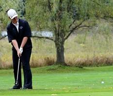small_Women_s_Golf_Lu_Bump___Run